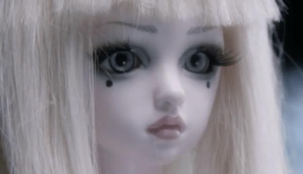Cabelo Loiro cara pálida