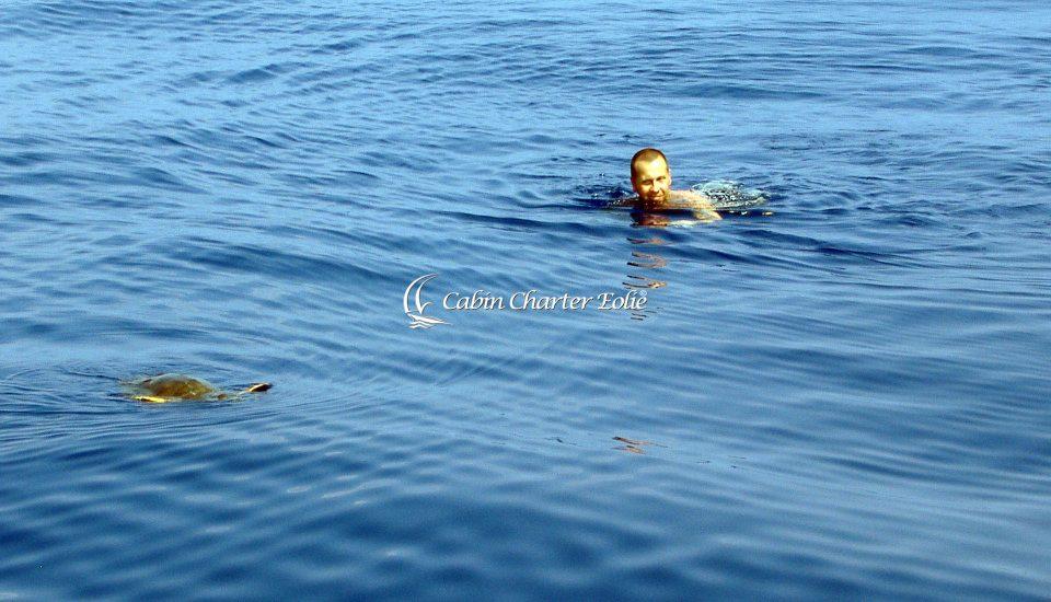 Alicudi - Imbarco con Bambini - Cabin Charter Eolie