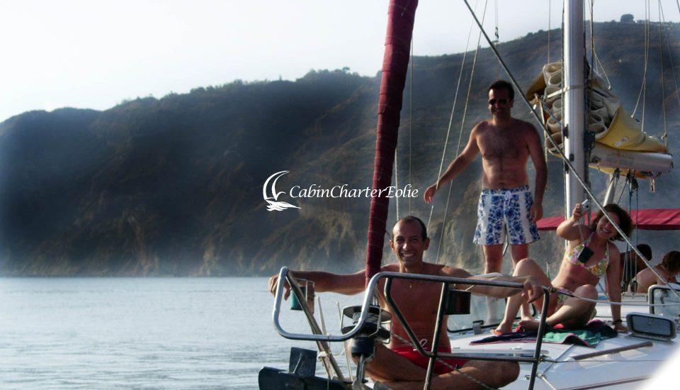 Vulcano - Barca a Vela - Gruppo - Cabin Charter Eolie