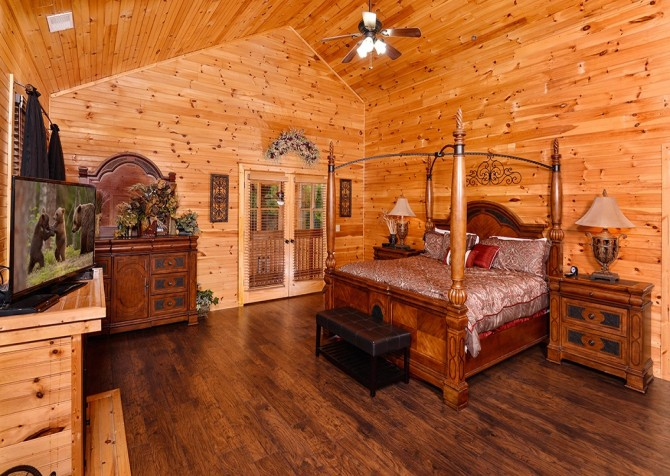 Amazing Grace Cabin 8 Bedroom