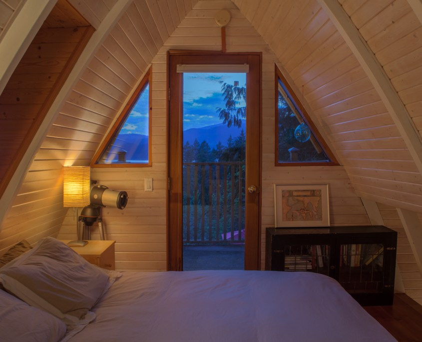 sunshine-coast-cabins-alfie-a-frame-bed