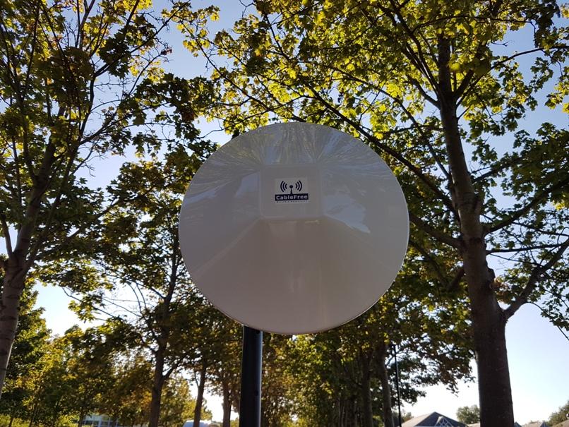 CableFree V-band High Gain SmartP2P