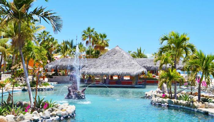 Hotel Palmas de Cortez Pool Palapa