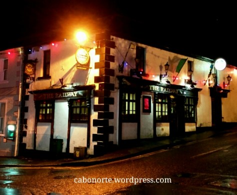 Pub nunha pequena localidade irlandesa