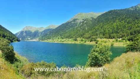 En este viaje también cruzamos la frontera a Francia: Lac de Fabrèges