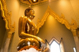 bangkok-2016-the-temple-of-the-golden-buddha-18-of-26