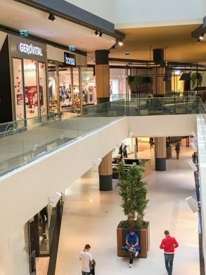 park-lake-mall-36