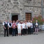 Cabrettes et Accordéon réunis avec les chanteurs des voix de la St Jean
