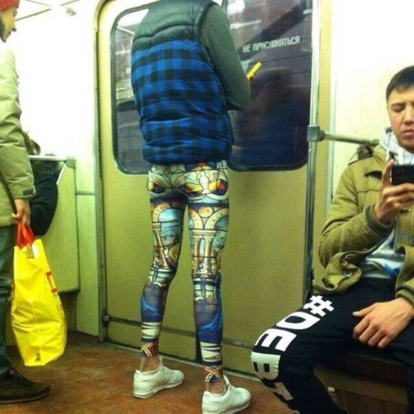 people_who_take_fashions_donts_to_the_next_level_640_28