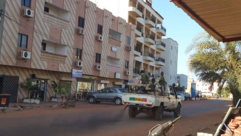 Bamako-Rehenes