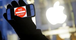 FBI accede a iPhone de autor de tiroteo y dice no necesitar ya ayuda de Apple