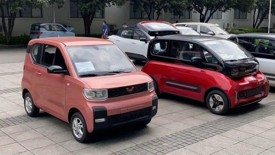 El coche eléctrico que arrasa en China: 3600 euros ¡cuatro personas y  velocidad máxima de 100km/h! - Cadena Dial