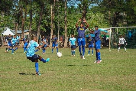 Abanderan hoy a equipo camagüeyano para Liga cubana de Fútbol ... 9667fdf843399
