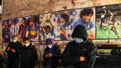 "Photo of Nápoles no deja de llorar a Maradona: ""El hombre nos hizo soñar"""