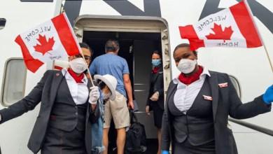 """Photo of Canadá empezó a vacunar y busca superar una pandemia con """"consecuencias monumentales"""""""