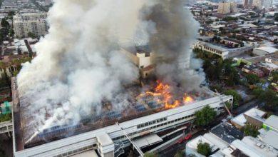 Photo of Incendio y evacuación de uno de los hospitales más grandes de Santiago