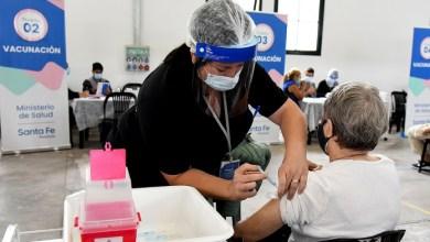Photo of Santa Fe ya vacunó a 7 de cada 10 inscriptos en el registro provincial