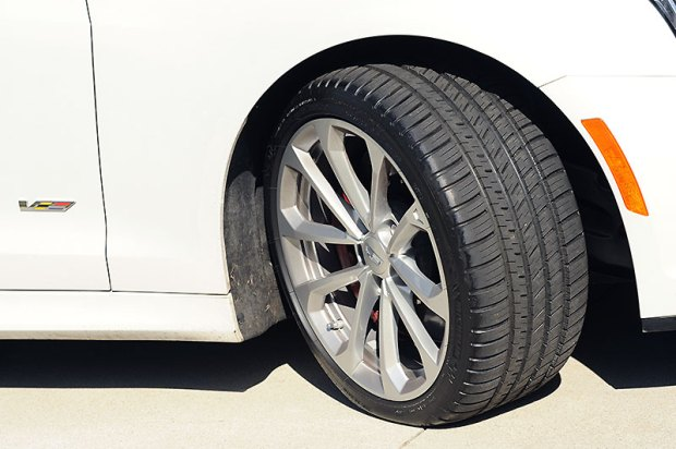 The Pilot Sport AS3+ has more and deeper tread grooves than does a Pilot Super Sport. That's one reason it works better in cold, wet weather. The other reason, which you can't see, is a computer-designed tread compound specific to the AS3+. Image: V-Net Staff.
