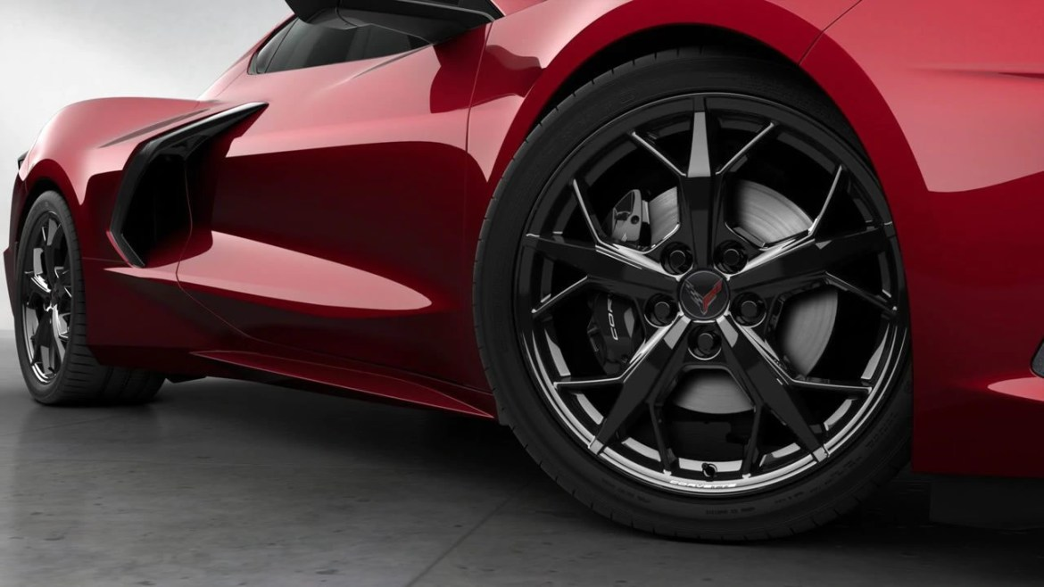 2021 Corvette Black Trident Wheel