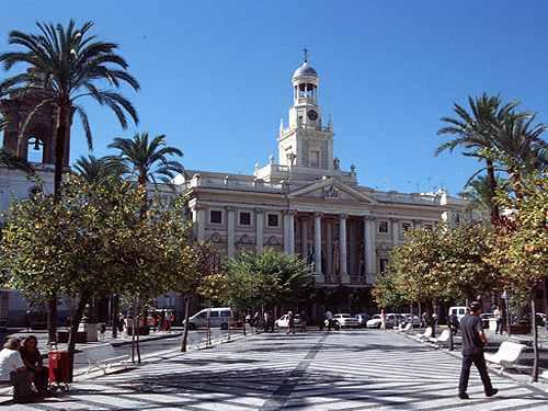 El ayuntamiento de Cadiz foco de fenomenos inexplicables y paranormales
