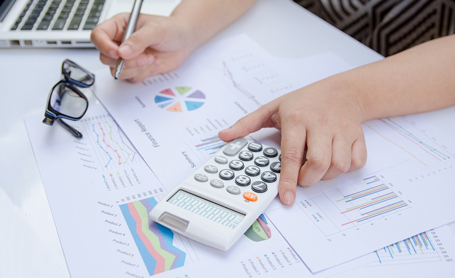 An average company spends 14% of the annual marketing budget on events. It's a big portion of the budget that forces you to think twice about every item. Here's the list of things you need to consider while making the event calculations.