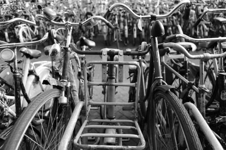 211_T3_02 Not close enough - Thema 3 - Urban Photo Race Amsterdam 2017