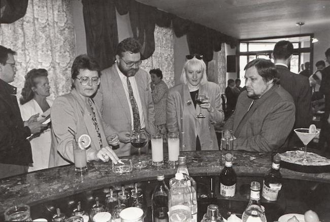 cafe osiris black and white bar
