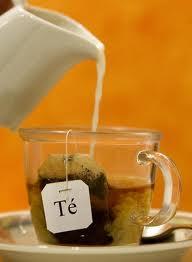 Un té americano, ¡¡ por favor !!