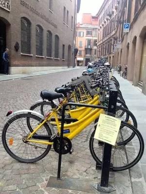 Bicicletas na Piazza de Roma