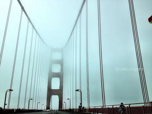 Golden Gate com neblina, buááá!