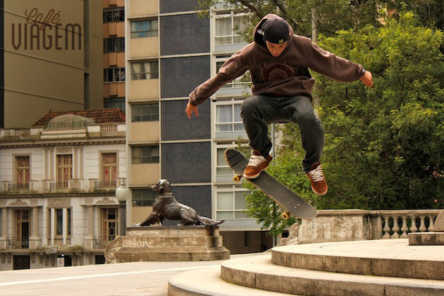 Praça da Matriz o que fazer em Porto Alegre