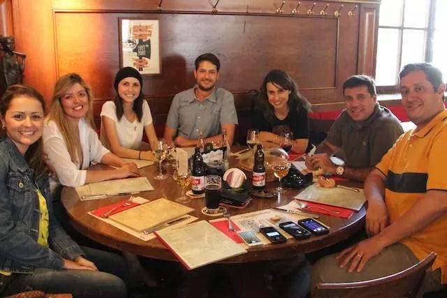 Turma toda reunida. Chegamos e partimos por Zurique. E este restaurante foi o nosso encontro final.