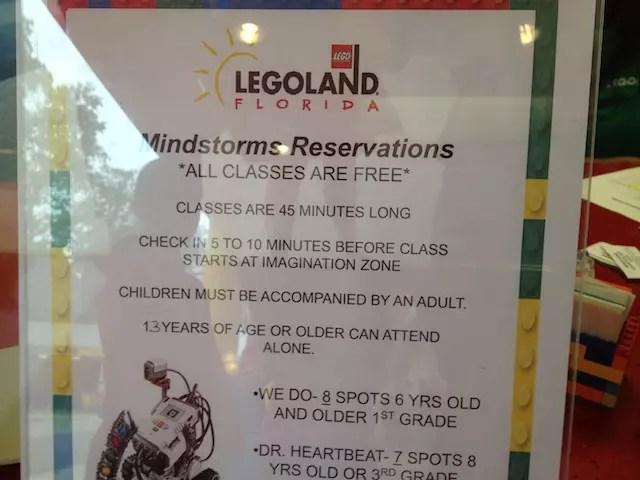 Agendamento das oficinas gratuitas de montagem de Lego devem ser feitas logo na entrada do parque