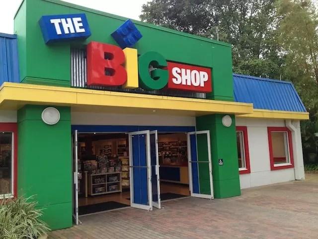 loja com Legos? Claro.