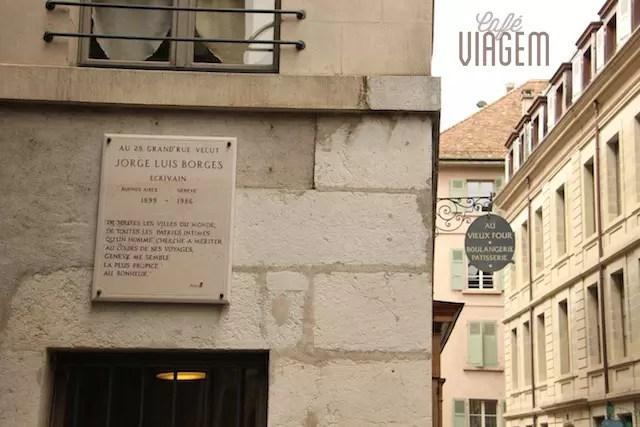 Luis Borges tem endereço próximo ao Museu de Rousseau e à Sociedade de Literatura