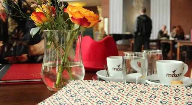tomamos um café logo após a linda missa de sábado da Catedral (imperdível!)