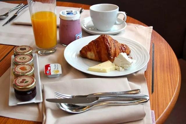 Amo, amo acordar assim! Café Viagem top!