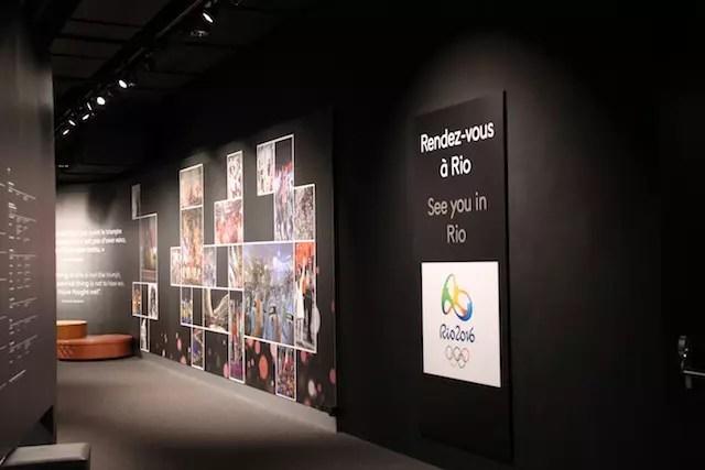 """no final do tour no museu, uma mensagem: """"A gente se vê no Rio!"""""""