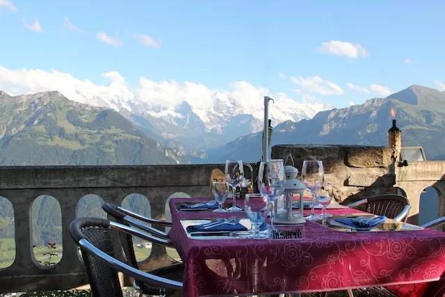 Encontrar uma mesa reservada pra você com esse visual não tem preço!!!!!