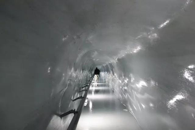 Caminho para a Galeria do Gelo