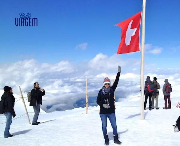 Em pleno verão, a neve em Jungfraujoch
