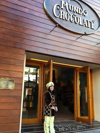 A entrada do Mundo de Chocolate (ao lado da Arezzo na Borges de Medeiros)