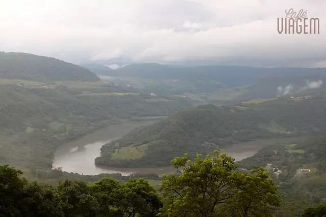 O Rio das Antas visto do Mirante da Ferradura na Tenda do Teco