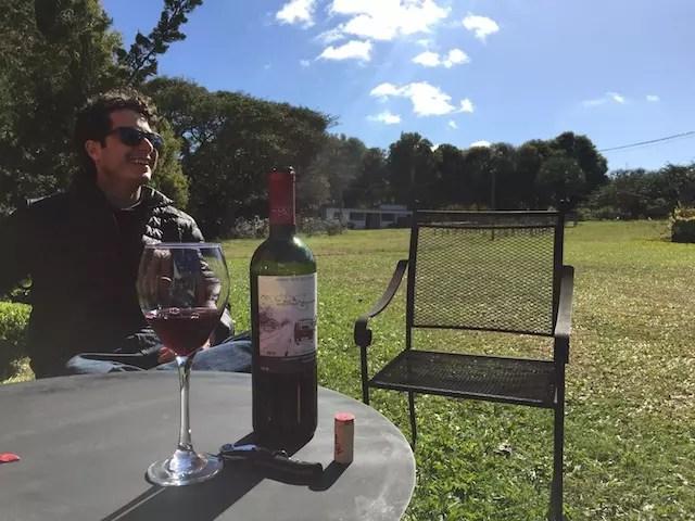 Anthony e o vinho descontraído da Kombi