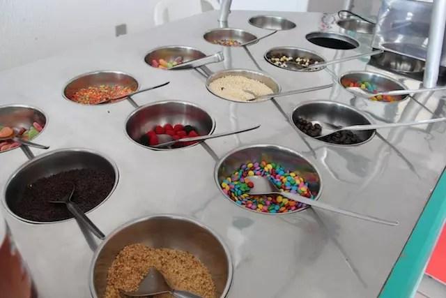 guloseimas dos famosos bufês de sorvete