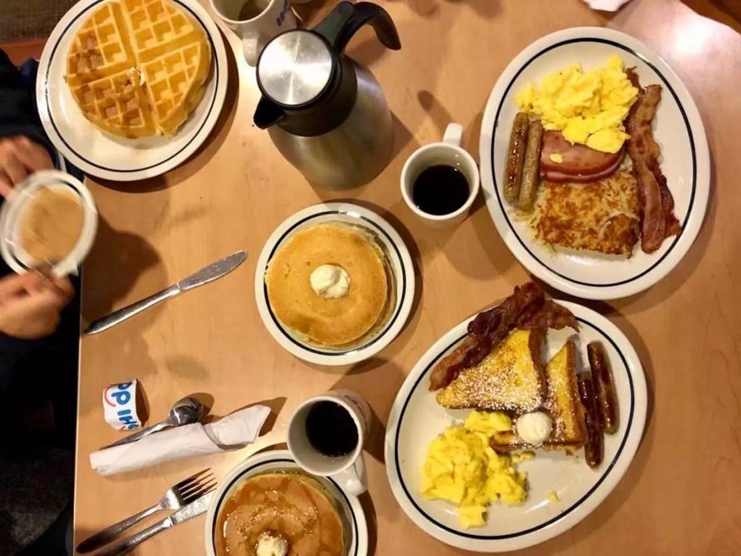 café da manhã no IHOP