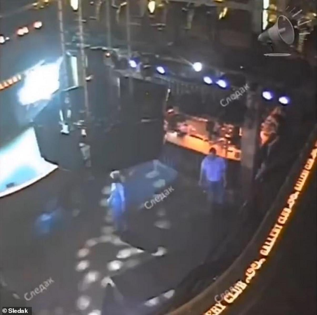 Tatiana Pokhorenko morta canta karaoke