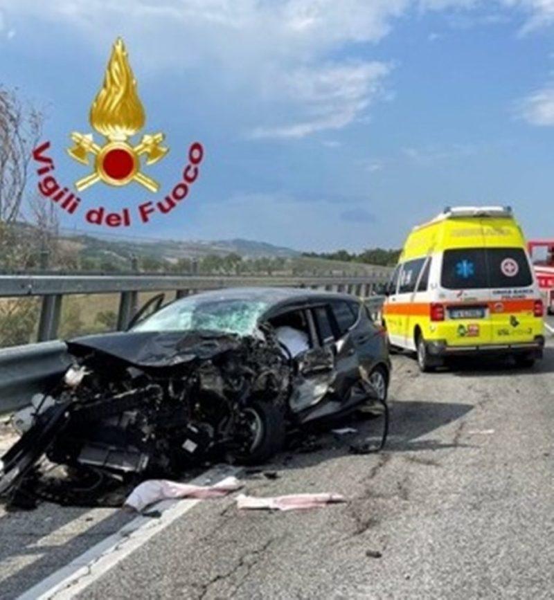 致命的な事故フラミニアが負傷