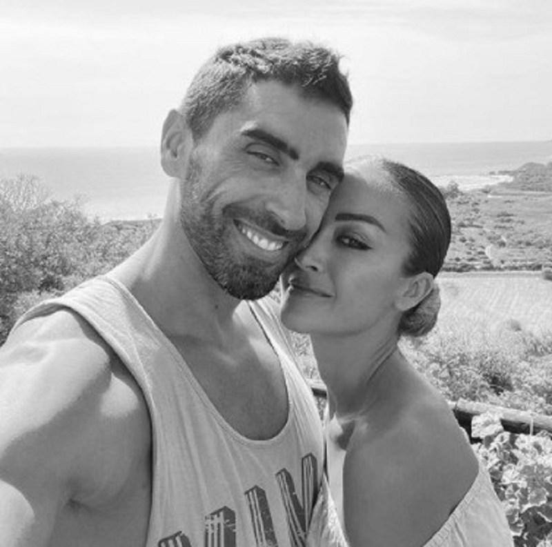 ジョルジア・パルマスフィリッポ・マンニーニの最初のキスの物語