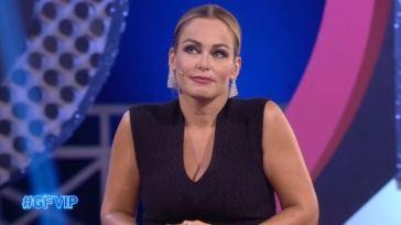 Sonia Bruganelli, la disavventura a fine puntata, dietro le quinte del Grande Fratello Vip 6